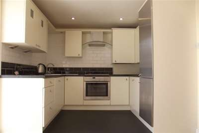 4 Bedrooms House for rent in Fulney Road, Nether Green, S11 7EW