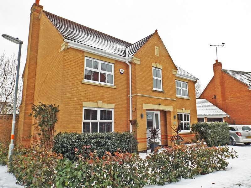 4 Bedrooms Detached House for sale in Samwell Way, Northampton, Northamptonshire, NN4