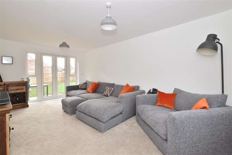 3 Bedrooms Detached House for sale in Lime Kiln Coppice, , Felpham, Bognor Regis, West Sussex