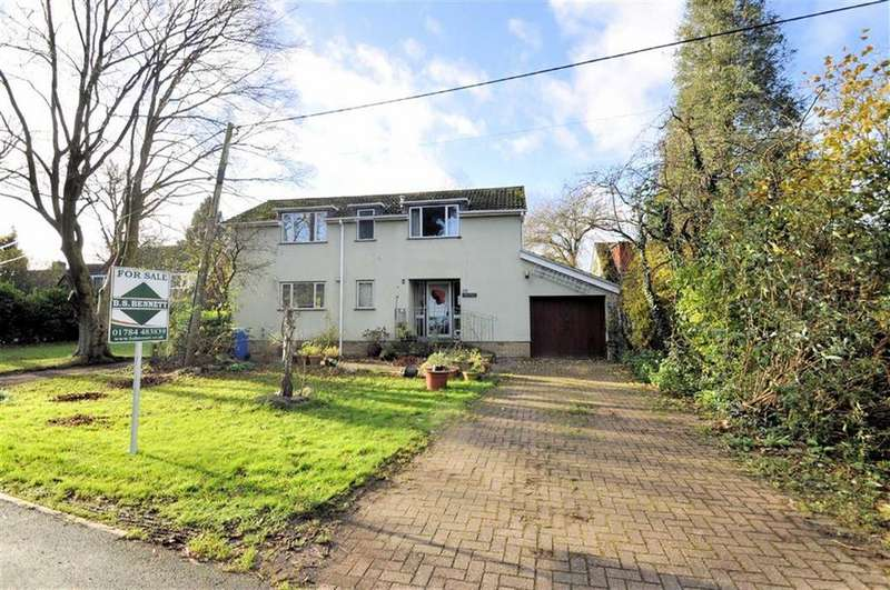 4 Bedrooms Detached House for sale in Friary Road, Wraysbury, Berkshire