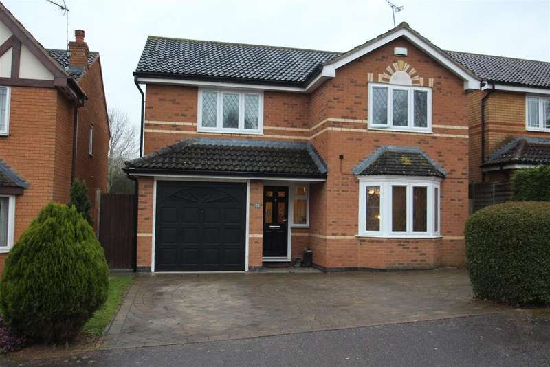 4 Bedrooms Detached House for sale in Dickens Drive, Old Stratford, Milton Keynes