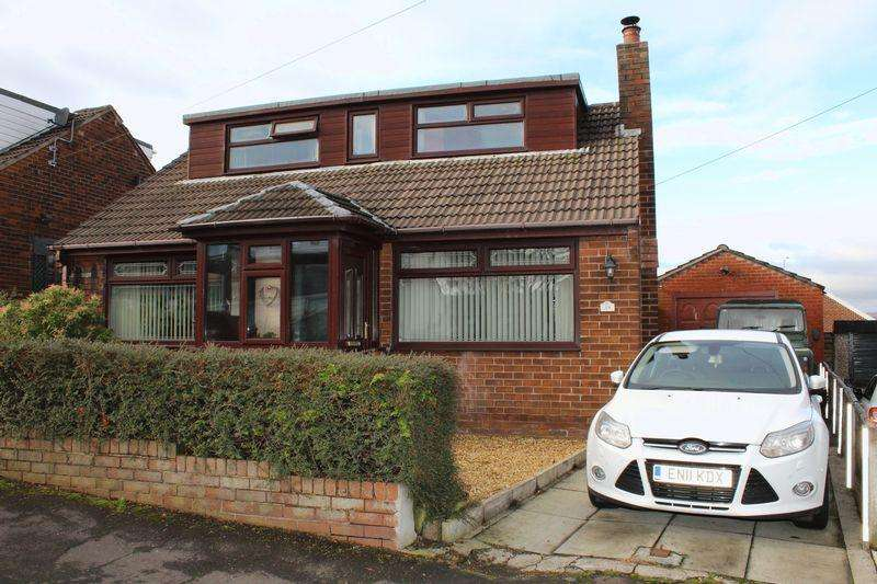3 Bedrooms Detached Bungalow for sale in Egremont Road, Milnrow, Rochdale, OL16 4EP