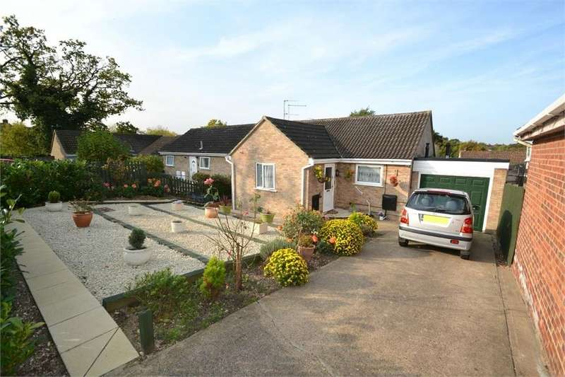 2 Bedrooms Detached Bungalow for sale in William Boys Close, Colchester, Essex