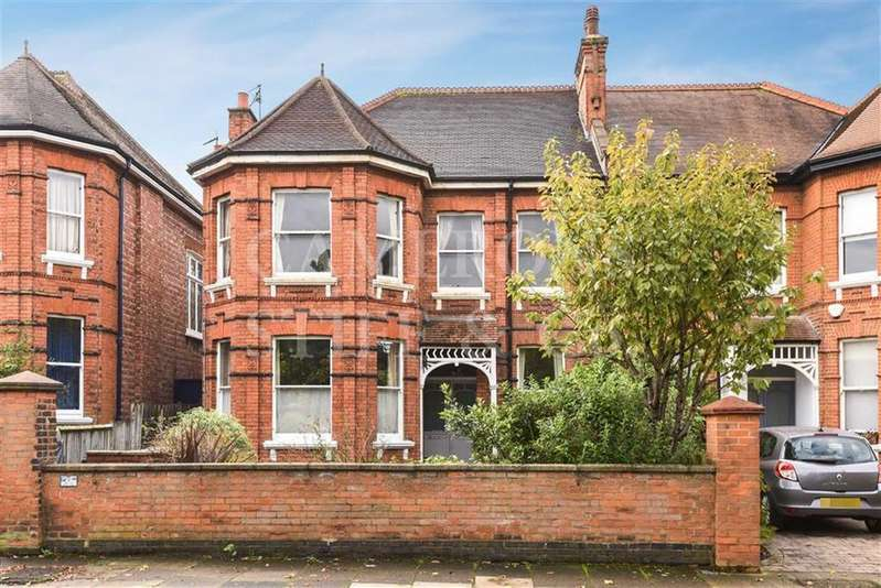 3 Bedrooms Apartment Flat for sale in St Gabriels Road, Mapesbury Conservation Area, London, NW2