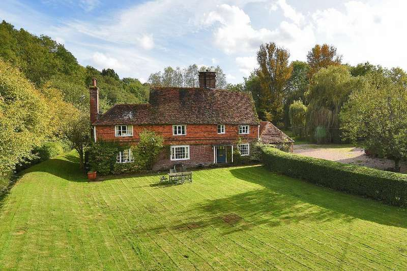 5 Bedrooms Detached House for sale in Bedgebury Road, Goudhurst, TN17 2QZ