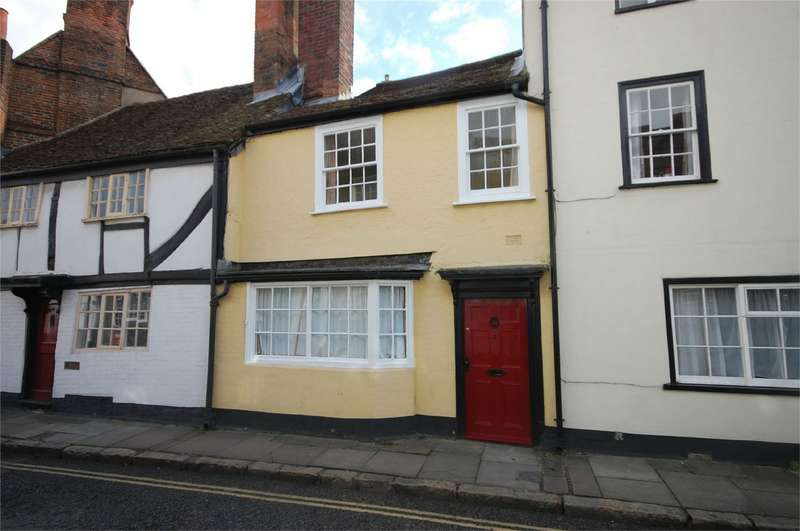 3 Bedrooms Terraced House for sale in Castle Street, Aylesbury, Buckinghamshire