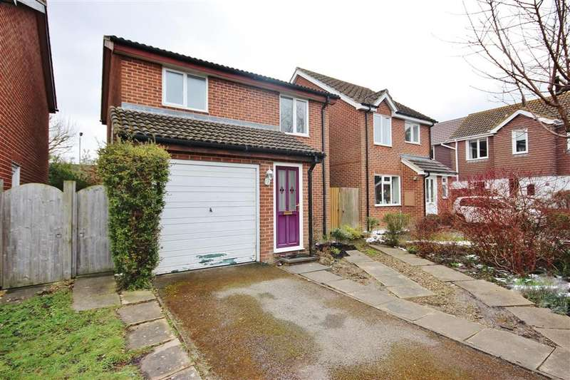 3 Bedrooms Detached House for sale in Blenheim Gardens, Grove, Wantage, OX12