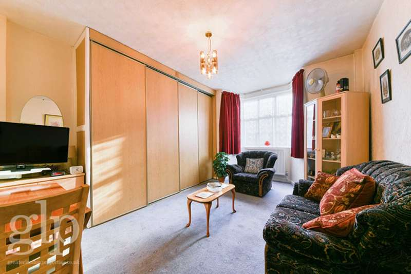 Flat for sale in Woburn Place, Bloomsbury, WC1H