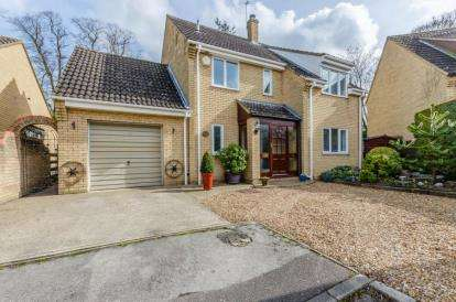 4 Bedrooms Detached House for sale in Stapleford, Cambridge, Cambridgeshire