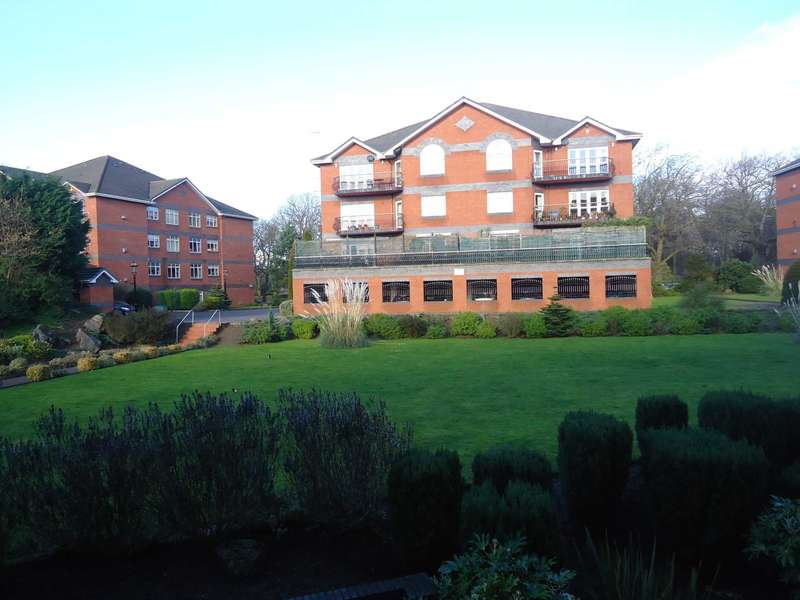 2 Bedrooms Flat for rent in Mossley Hill Drive, Liverpool
