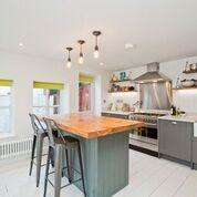 3 Bedrooms Detached House for sale in Portland Lane, Hove, East Sussex, BN3 5SW