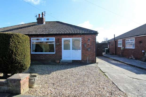 2 Bedrooms Bungalow for sale in Tarnway Avenue, Thornton-Cleveleys, FY5