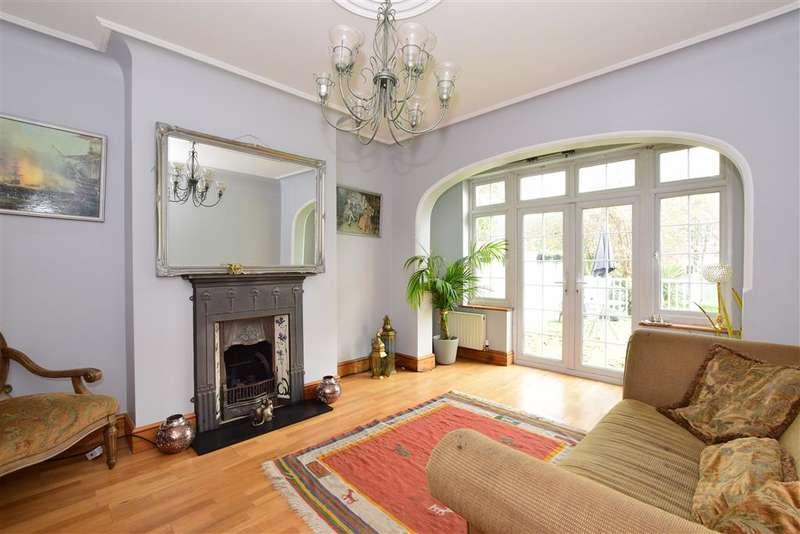 4 Bedrooms Semi Detached House for sale in Buckingham Road, , Wanstead
