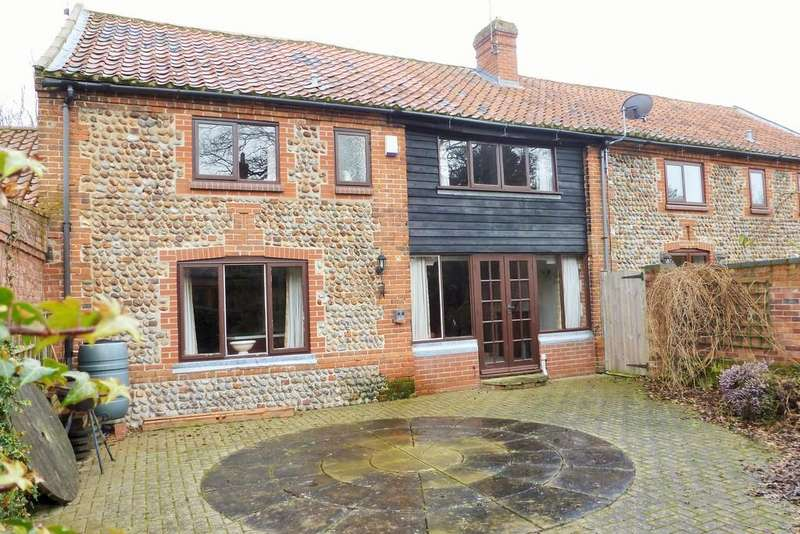 4 Bedrooms Barn Conversion Character Property for sale in Bacton