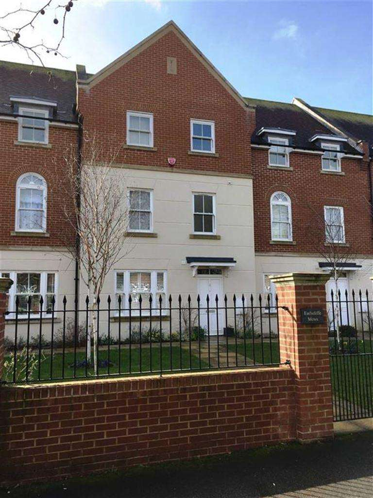 4 Bedrooms Terraced House for rent in Earlscliffe Mews, Shorncliffe Road, Folkestone, Kent, CT20