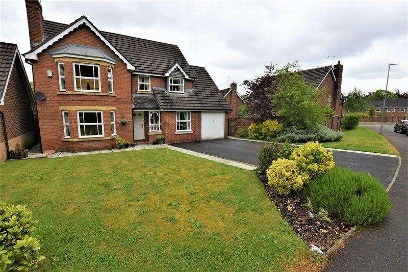 4 Bedrooms Detached House for sale in Obelisk Way, Congleton, 4 Reception Rooms