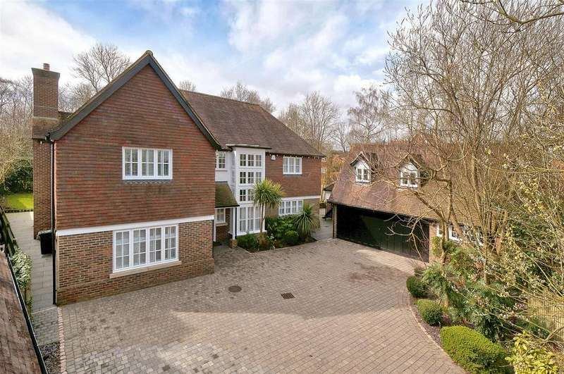 5 Bedrooms Detached House for sale in Hollandbury Park, Kings Hill (House plus Annex)