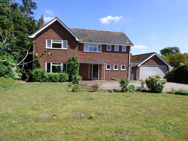 4 Bedrooms Detached House for sale in Watton Road, Larling NR16