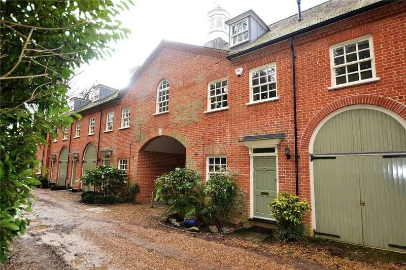 4 Bedrooms House for sale in Mulberry Close, Watford, Herts, WD17