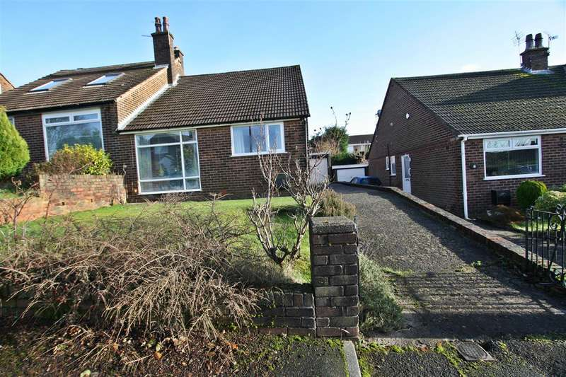 2 Bedrooms Bungalow for sale in The Downs, Prestwich