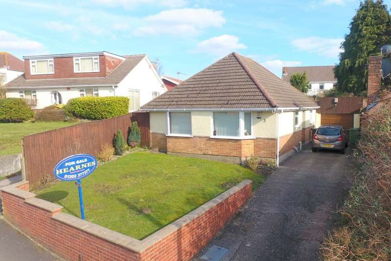 3 Bedrooms Detached Bungalow for sale in Scott Road, Poole, BH12 5AT