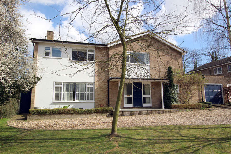5 Bedrooms Detached House for sale in Tannery Drift, Royston