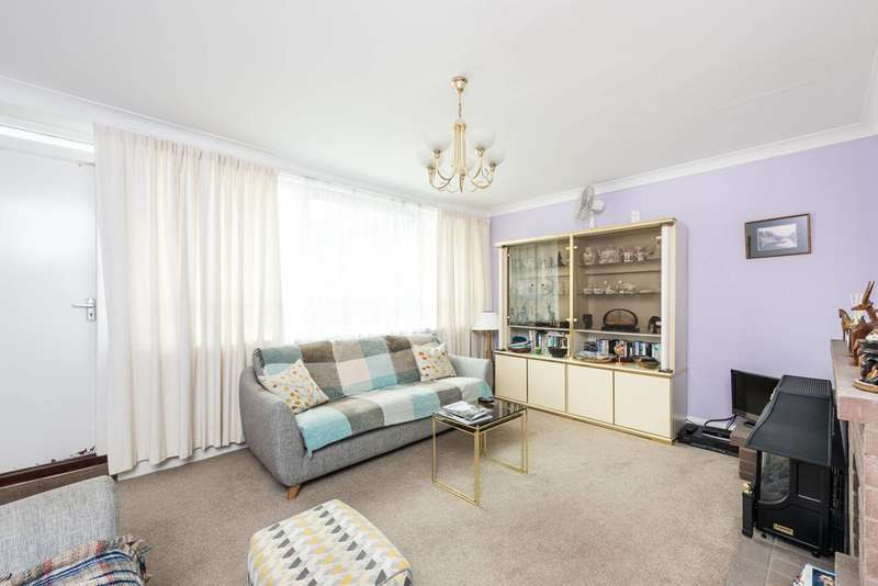3 Bedrooms Flat for sale in Goston Gate, Stockwell, SW8