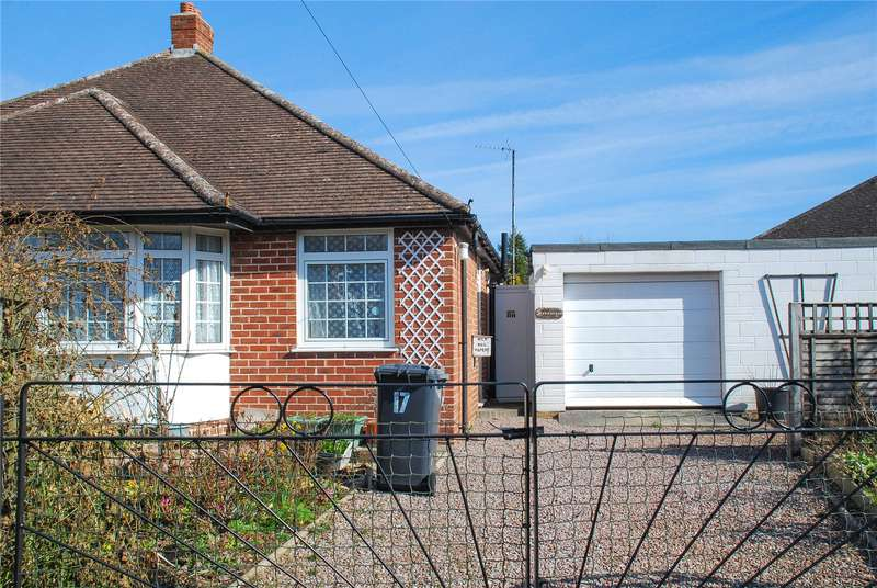2 Bedrooms Bungalow for sale in Havelock Road Hucclecote Gloucester GL3