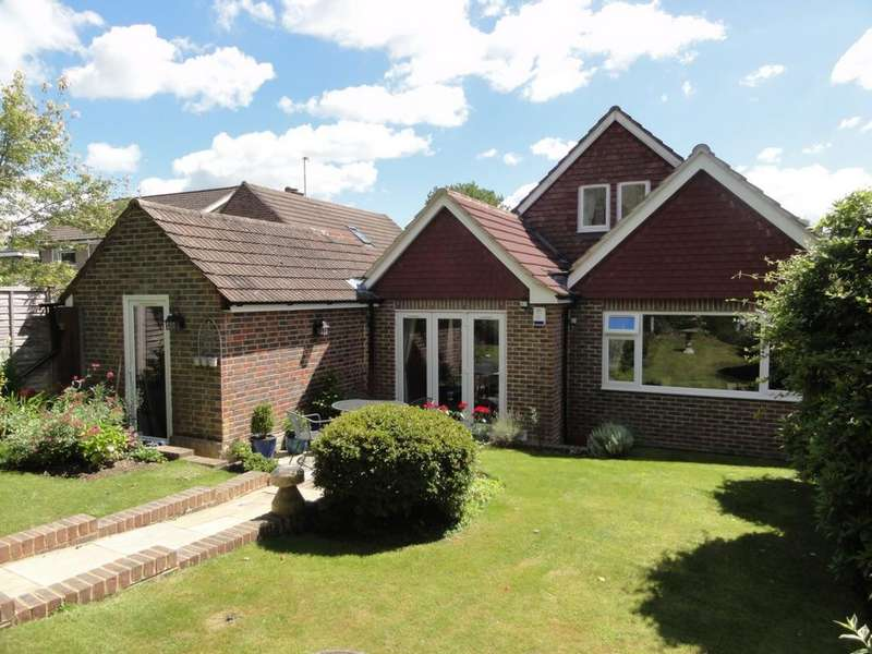 4 Bedrooms House for sale in Meadow Lane, Lindfield, RH16