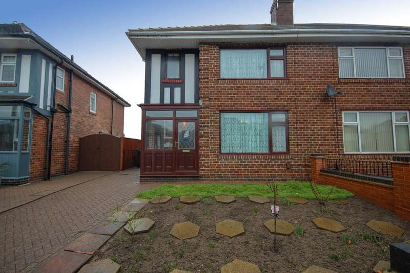 3 Bedrooms Semi Detached House for sale in St. Albans Road, Derby