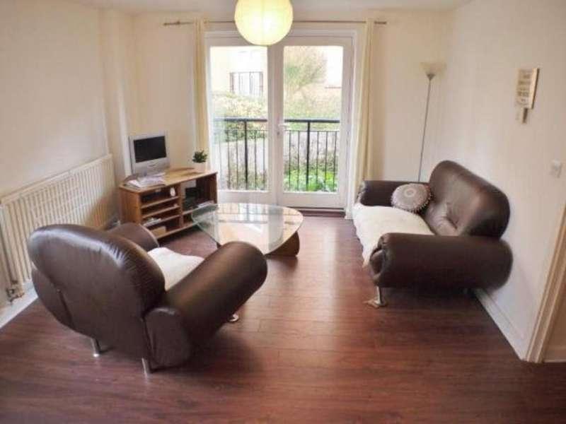2 Bedrooms Ground Flat for sale in John Dyde Close, Bishop's Stortford