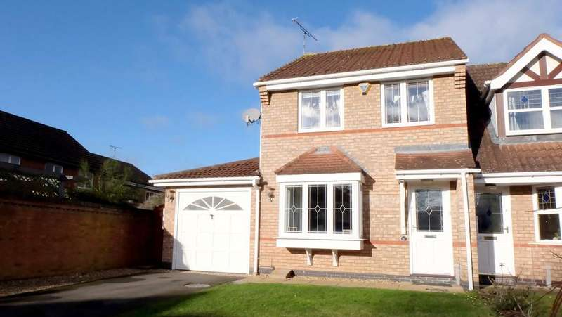 3 Bedrooms Terraced House for sale in Greenfield Avenue, Balsall Common, Coventry