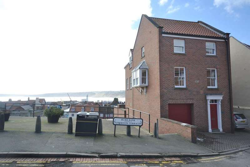 3 Bedrooms Detached House for sale in East Sandgate, Old Town, Scarborough YO11