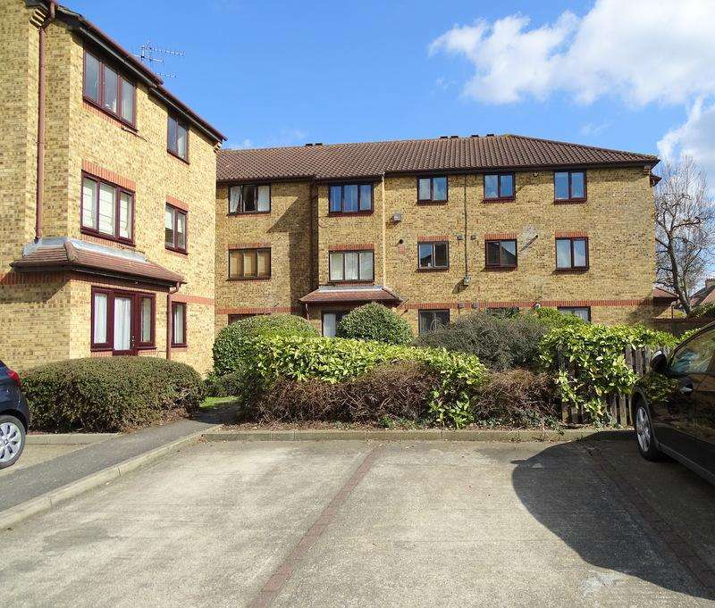 1 Bedroom Flat for sale in Bay Court, Popes Lane, Ealing