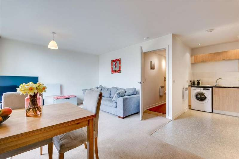 1 Bedroom Flat for sale in Phoenix Way, London