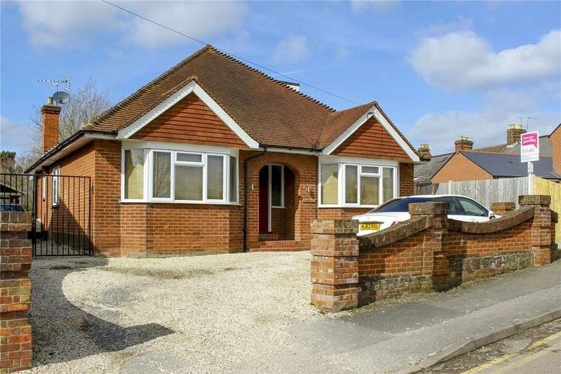 4 Bedrooms Detached Bungalow for rent in Fowlers Lane, Bracknell, Berkshire, RG42