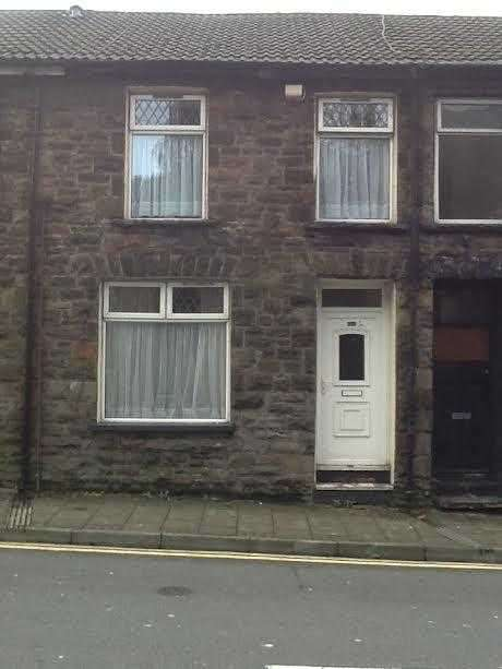 3 Bedrooms Terraced House for sale in Llewellyn Street, Pentre