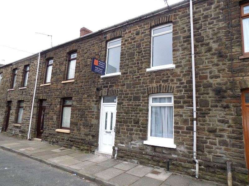 3 Bedrooms Terraced House for sale in Middleton Street, Briton Ferry, Neath, Neath Port Talbot. SA11 2NU