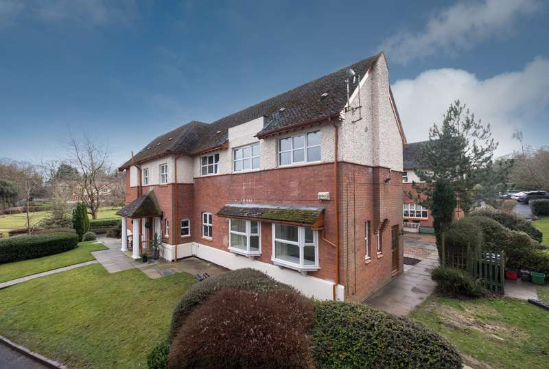 3 Bedrooms House for sale in 3 bedroom House Semi Detached in Frodsham