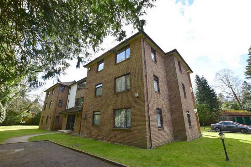 2 Bedrooms Flat for sale in Fontwood, Branksome Park, BH13