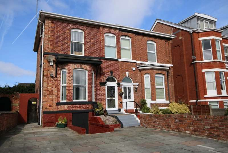 4 Bedrooms Semi Detached House for sale in Talbot Street, Southport
