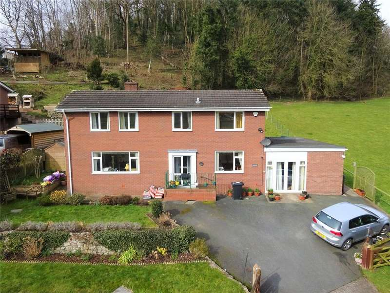 5 Bedrooms Detached Bungalow for sale in Trewern, Welshpool, Powys