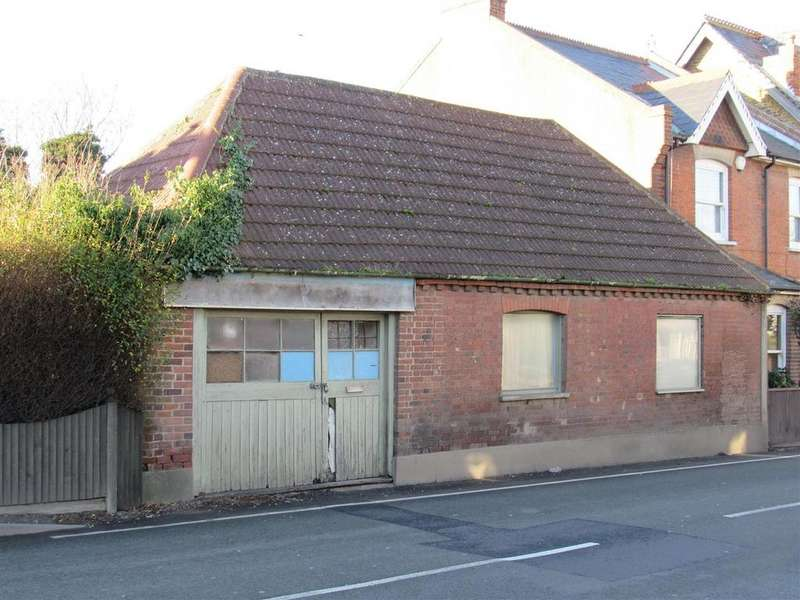 2 Bedrooms House for sale in Canterbury Road, Herne Bay