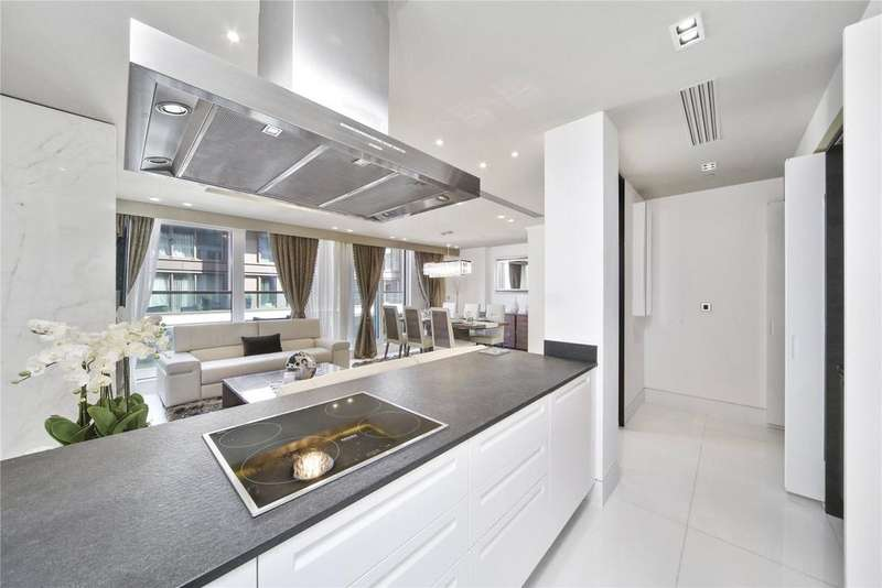3 Bedrooms Flat for sale in Wolfe House, 389 Kensington High Street, London, W14