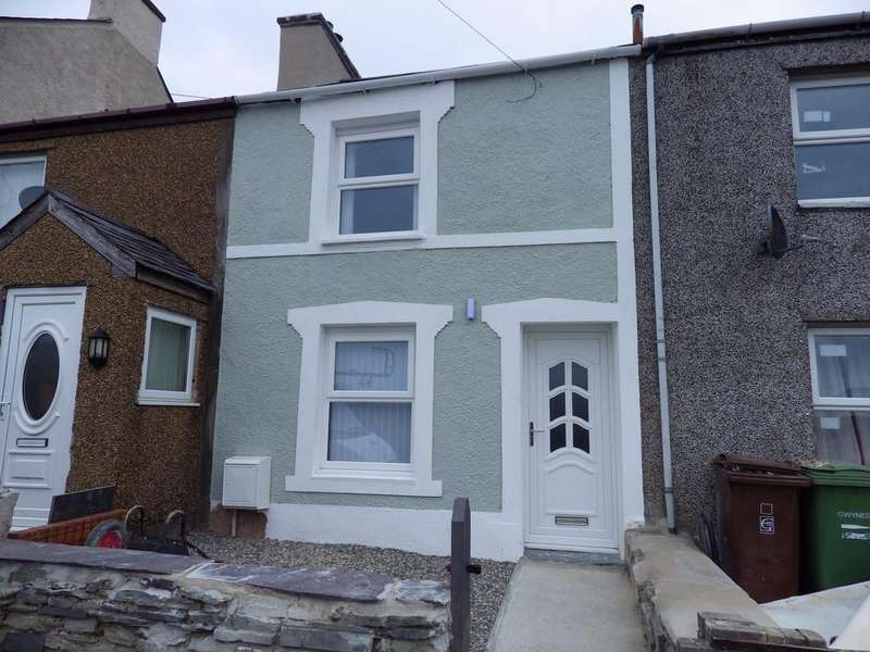 2 Bedrooms Terraced House for rent in Hyfrydle Road, Talysarn, North Wales