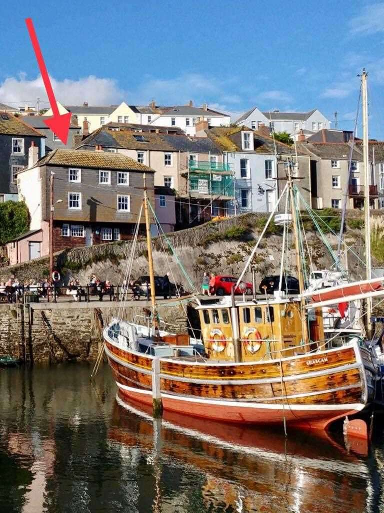 3 Bedrooms Detached House for sale in Mevagissey, Cornwall