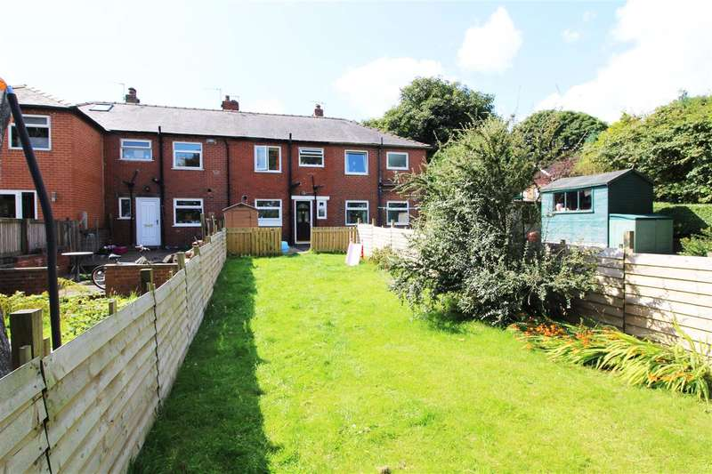 2 Bedrooms Terraced House for sale in Lingroyd Avenue, Halifax