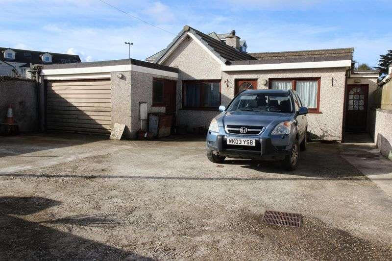 3 Bedrooms Property for sale in Mount Wise, Newquay