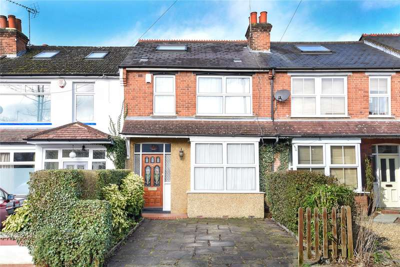 3 Bedrooms Terraced House for sale in Reginald Road, Northwood, Middlesex, HA6