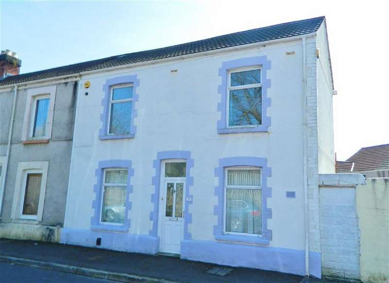 3 Bedrooms End Of Terrace House for sale in Ewart Place, Brynhyfryd